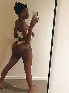 Selfie Collection Black Girls Thick Ebony MILF